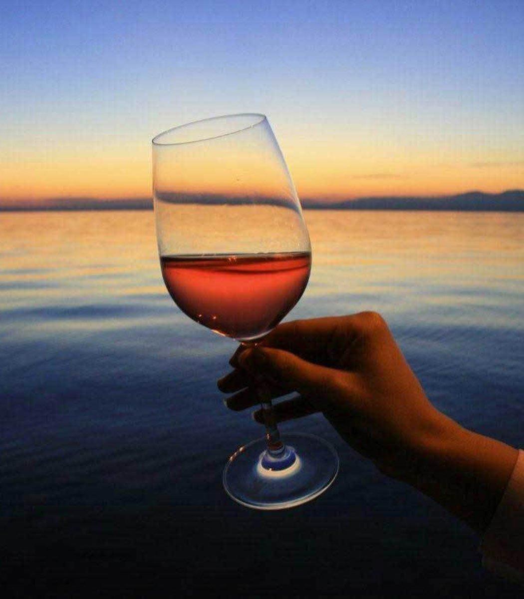 tasting - and-lake-garda-wine